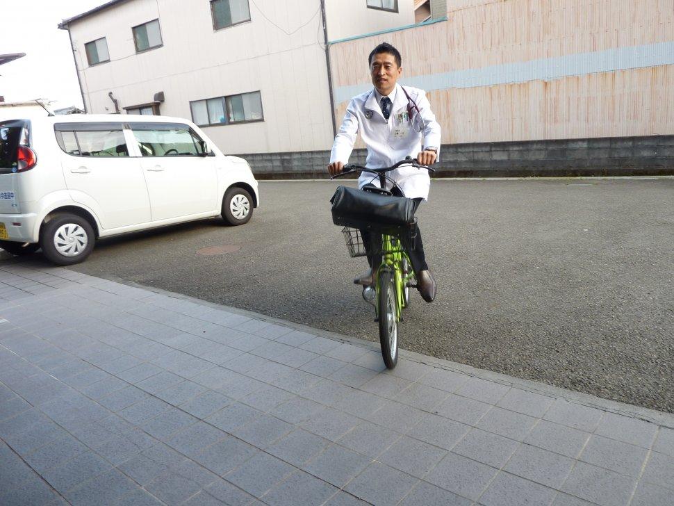 往診自転車
